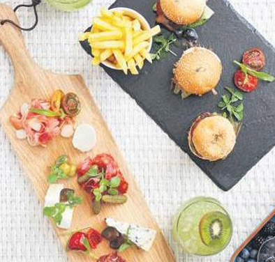 Burgers at the President Hotel Cape Town