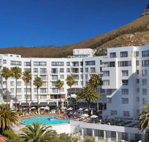 Hotel and Pool Bantry Bay Cape Town